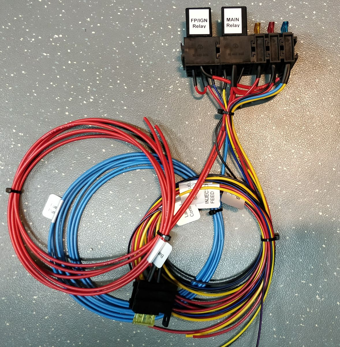 relay fuse unit universal protoparts. Black Bedroom Furniture Sets. Home Design Ideas