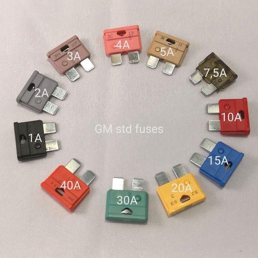 GM fuses, different sizes